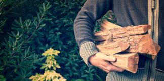 Gesprokkeld hout voor houtkachel