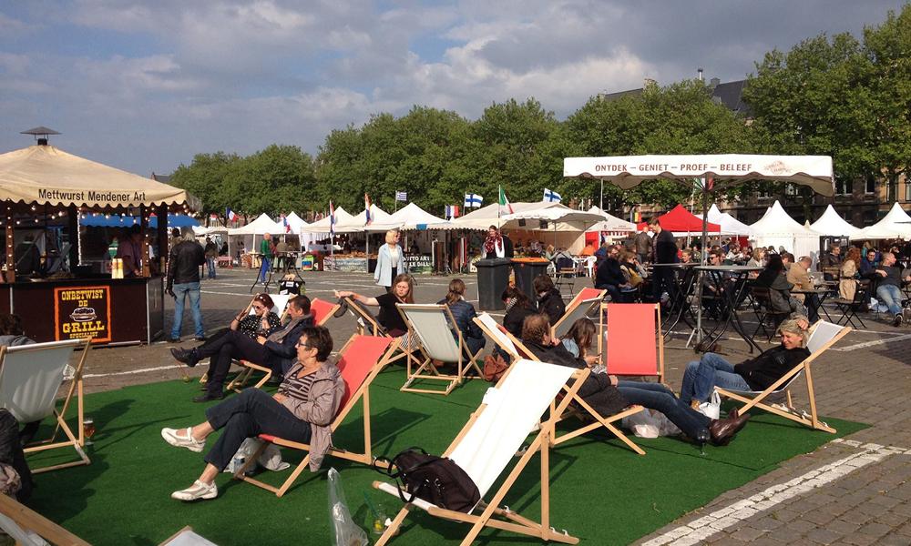 Ligstoelen op Vakantie op 't Zuid in Antwerpen