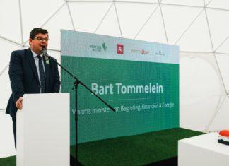 Vlaams Minister van Energie Bart Tommelein tijdens de Eerstesteenlegging van Zuiderzicht